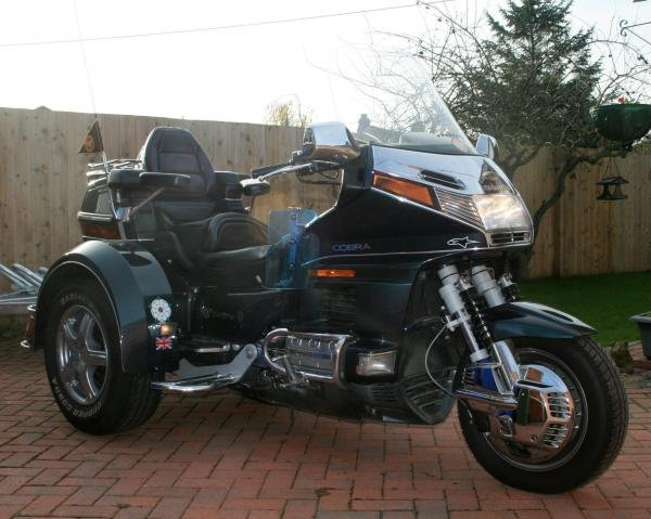Showcase cover image for GL 1500 EML trike
