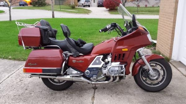 TK24's 1986 Honda Goldwing GL1200