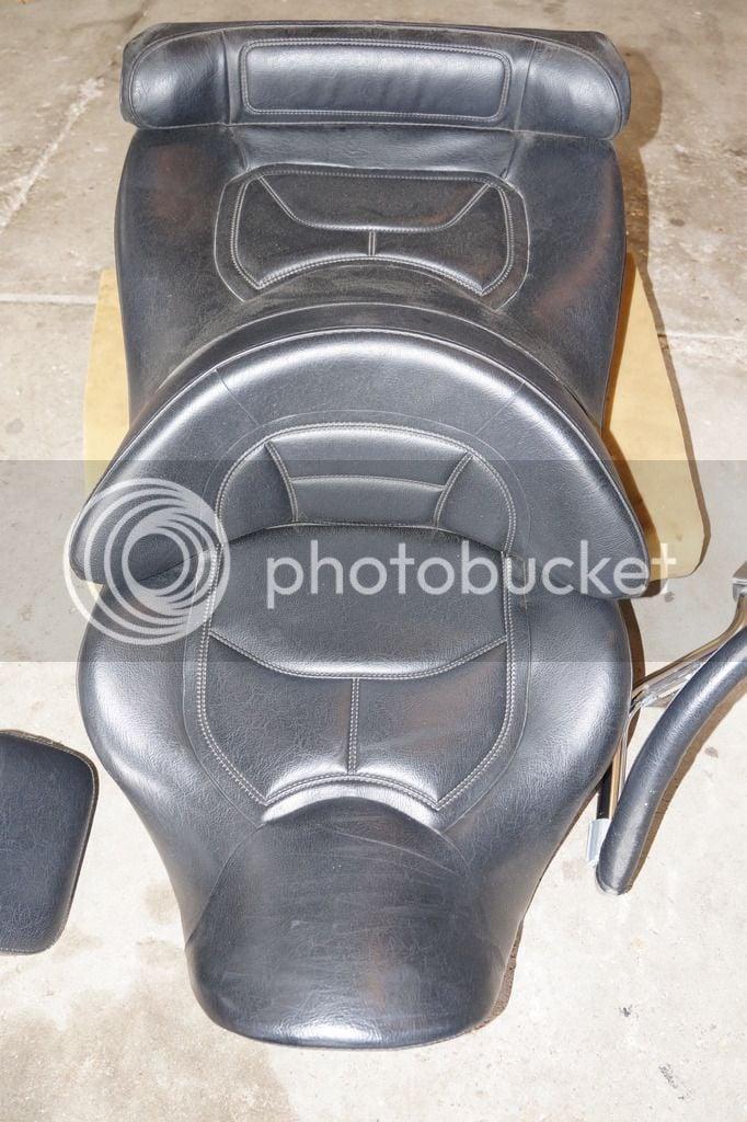 Gl1800 Seat Backrest Amp Passenger Armrests Off 2002