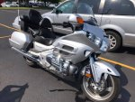 2005 joels goldwing.jpg