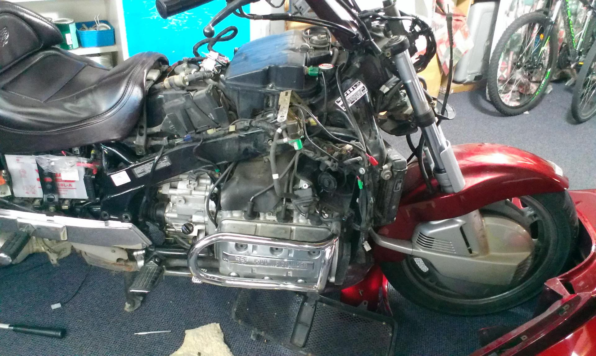 Help needed, do I replace the GL1500 timing belts? - Steve